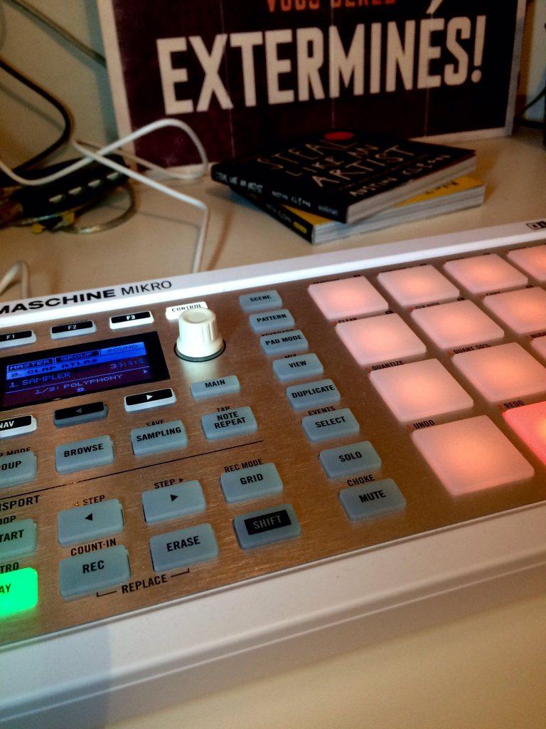 Home studio Asmoth - Maschine Mikro
